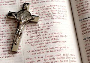 benedict-cross-on-scripture
